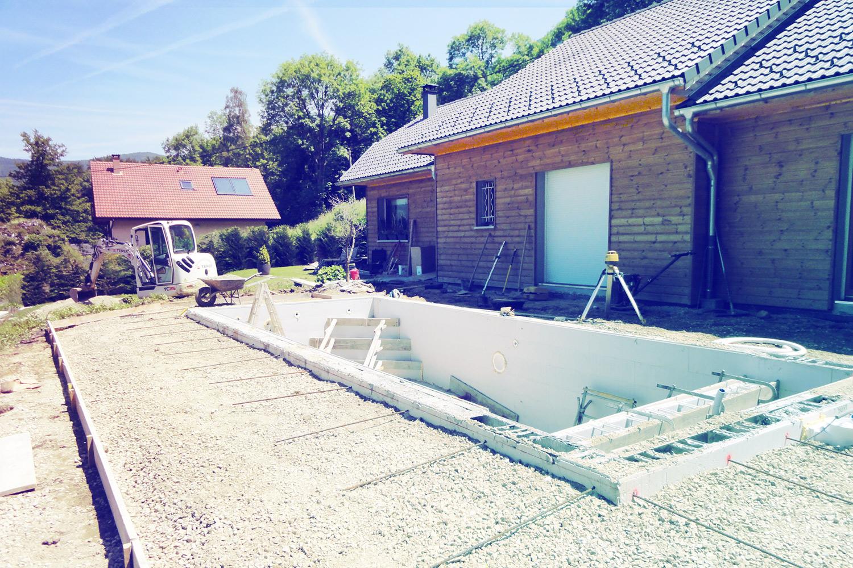 Votre projet piscine clef en main terrassement for Terrassement piscine